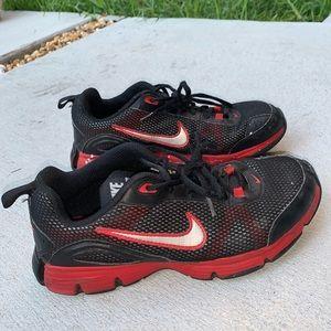 Nike Shoes - Nike dual fusion